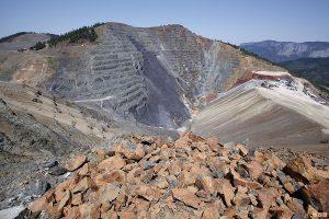 فروش سنگ معدن سرب